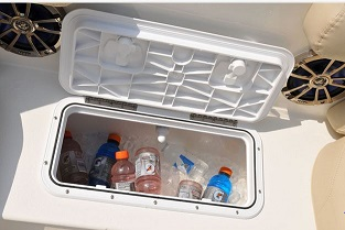 NauticStar 203 built in ice chest - medium
